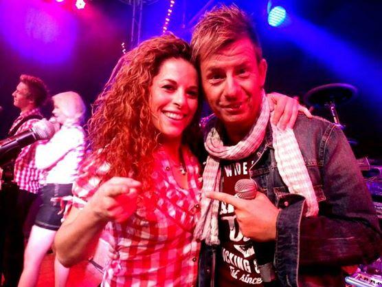 Party in Stuttgart mit dem Sänger AlmKlausi auf dem Cannstatter Wasen